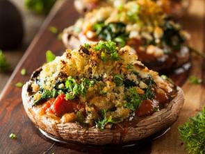 Μανιτάρια ψητά με σκόρδο και λιαστή ντομάτα