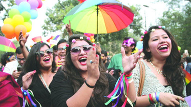 Love knows no bounds, SC decriminalises homosexual behavior : Section 377 verdict [ Read full Judgme
