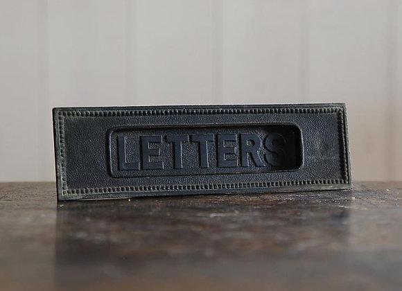 銅製の郵便受け