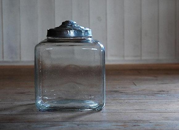 四角いガラス瓶