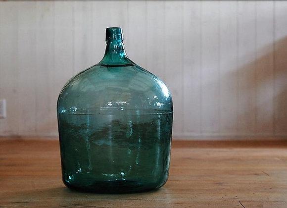 大きなガラス瓶