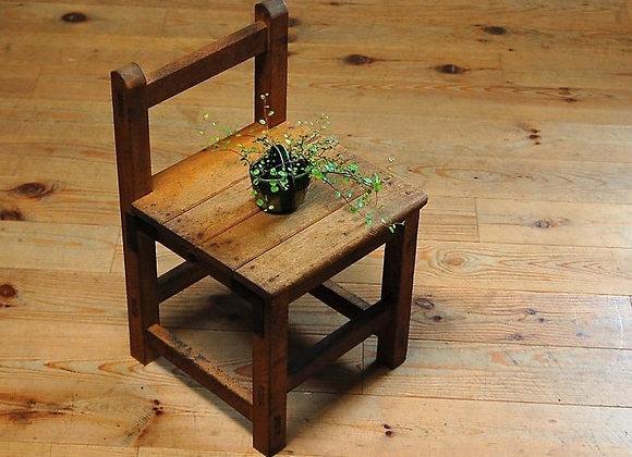 古い学校椅子