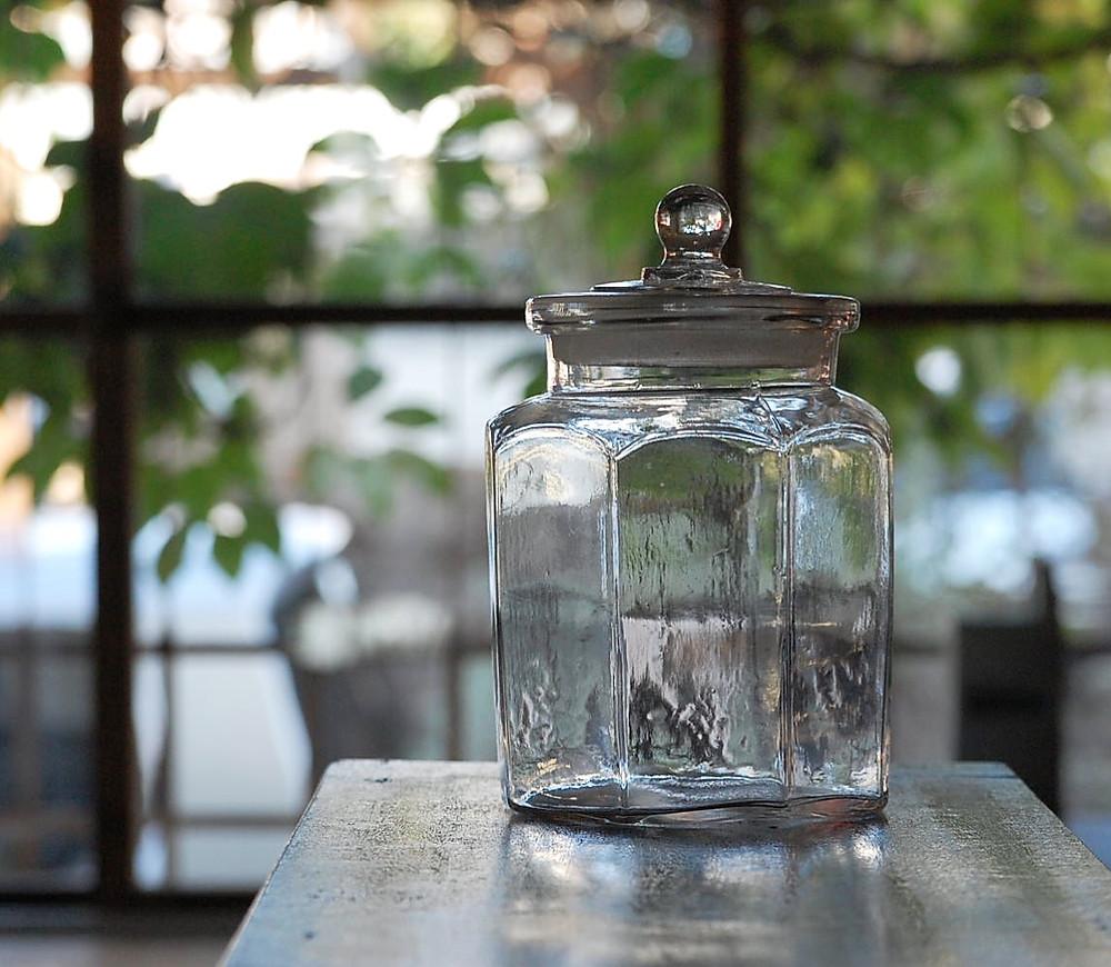 八角 ガラス瓶