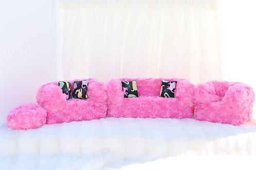Deluxe Sofa- Pink Plush