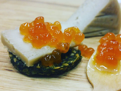 ORIGINAL CHEASE WITH VEGAN CAVIAR