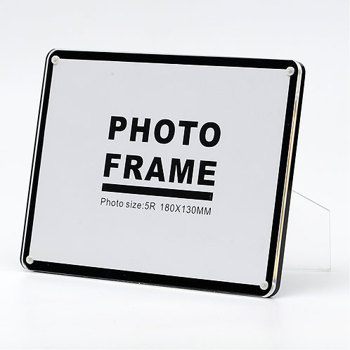 L3100 - Acrylic frame with Magnetic lock