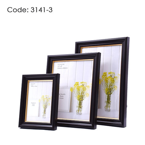 3141.3 - Wood picture frame