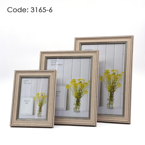 3165.6 - Wood picture frame