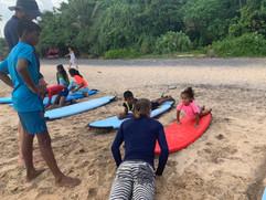 Mayuri im Surf Kids Club