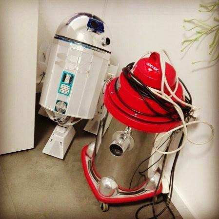 Les aventures de R2-D2