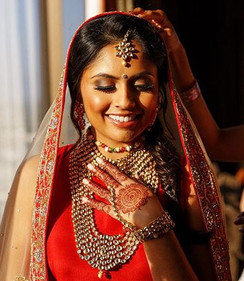 crimson vision ♥️_📸_ _hiramtrillo_•_•_•_#wedding #bride #bridesmaid #neworleans #latergra