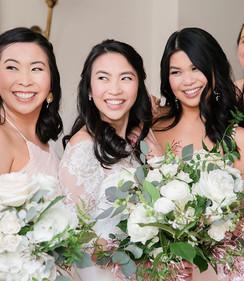 👯♀️👯♀️⠀_📷_ _brocatophotography⠀_•⠀⠀_•⠀⠀_•⠀⠀_#wedding #bride #bridesmaid #neworleans #