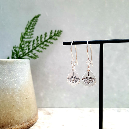 silver mistletoe dangle earrings