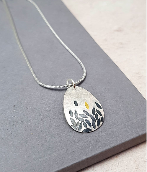 NEW - Black and gold leaves pendant - W/S