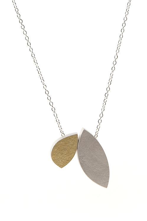 leaf shapes necklace