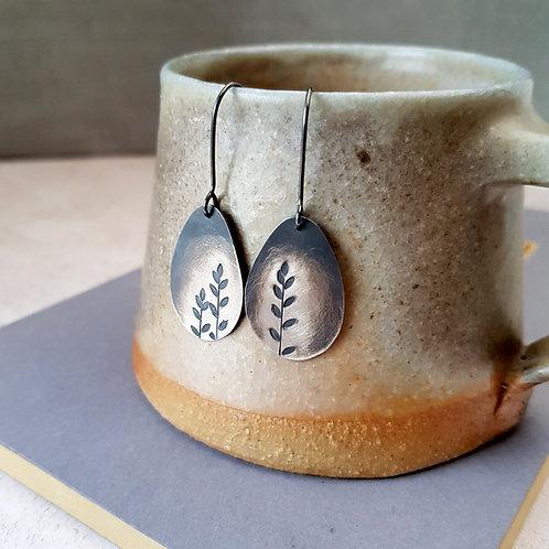 Silver leaf ombre dangle earrings - w/s