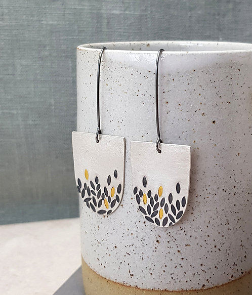 NEW - Gathered leaves earrings - W/S