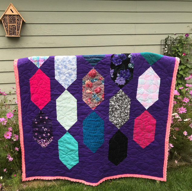Bejeweled sparkling gems McCalls Quick Quilts April/May2019