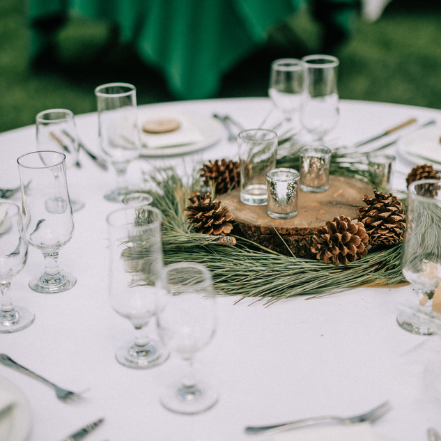 wood rounds table centerpiece