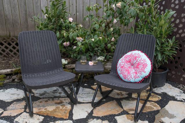 Owl Airbnb Garden