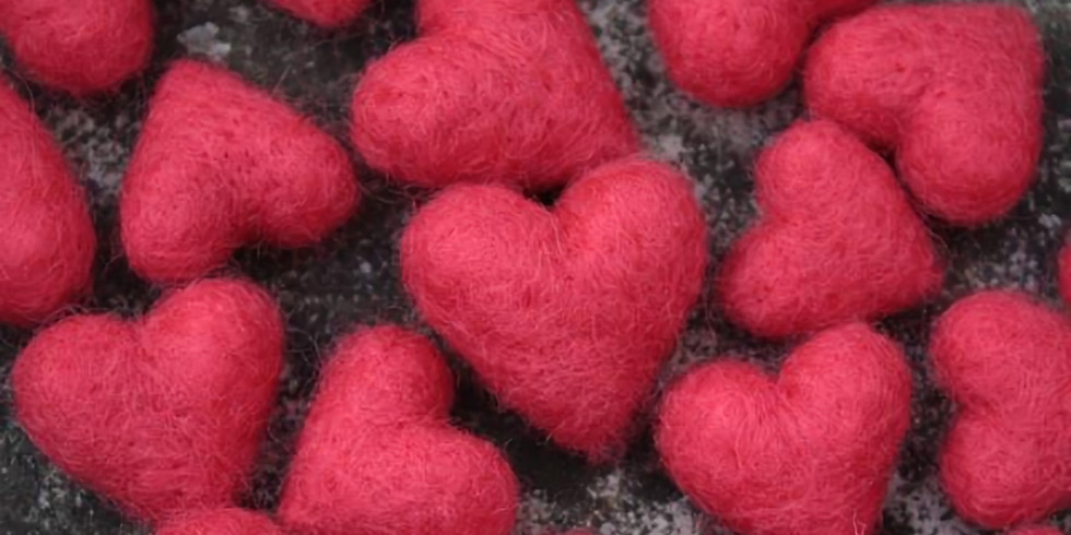 Needle felted Hearts with Robin Henne