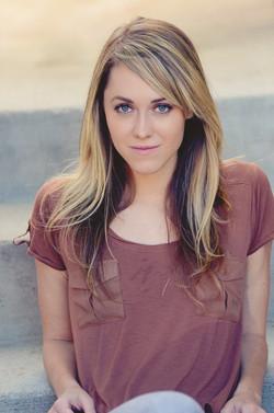 Ashley Seal (Gwen)