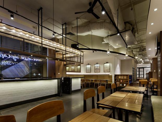 TOKYO DINING CAFE HANOI SOMERSET