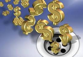 Quando ocorre o dano o Erário oriundo da ocultação, na importação, do seu real comprador ou vendedor