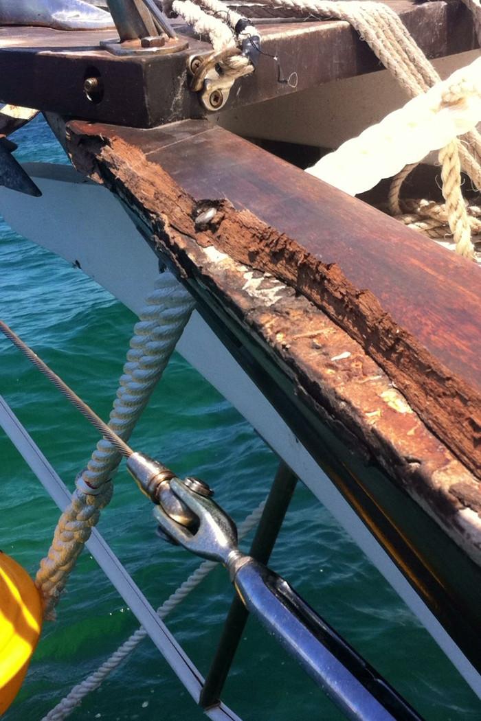 Caprail Repair
