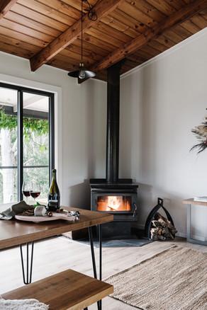 Kitchen/Dinning Fireplace