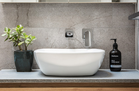 Eltham II Bathroom