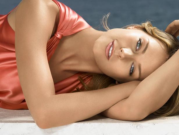 Jennifer-Hawkins_2007.jpg