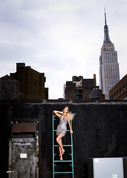 Jessica-Hart_NY_No.3_2009.jpg
