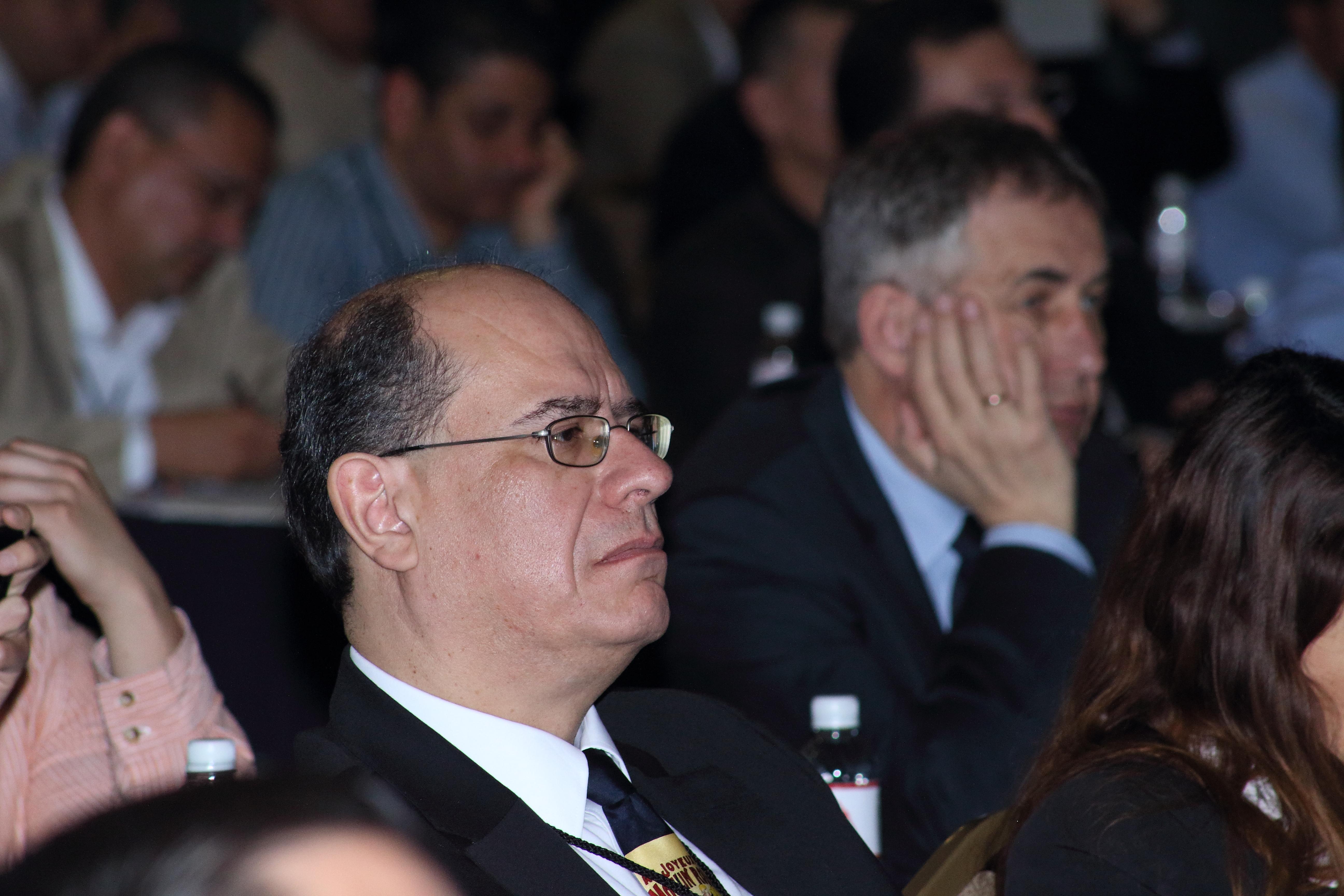 Rafael Colás - UANL