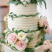 Wedding Cake _#sumtemptsbakery