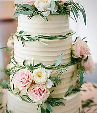 Wedding Cake _#sumtemptsbakery