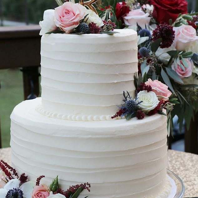 2-Tier Wedding Cake _#sumtemptsbakery _T