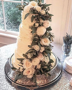 Ruffled Wedding Cake_#sumtemptsbakery _B