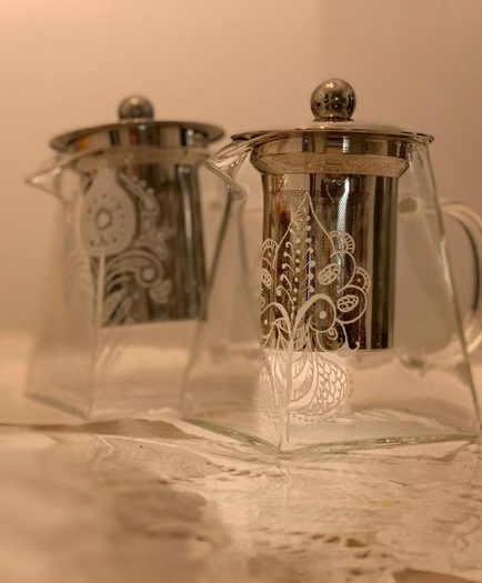 White only designs, Glass teapots