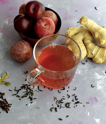 Plum Cardamom Green Tea
