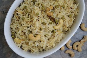 Recipe: Lemon Rice with Peas & Cashews