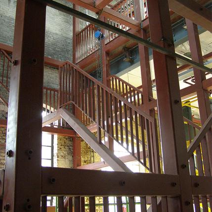 Eyzerhardt stalen constructie trappenhuis Limburg