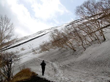 marche sur le mont Fuji sous la neige