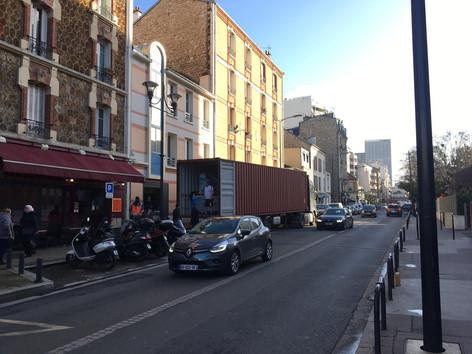 פריקה והובלת רהיטים בפריז