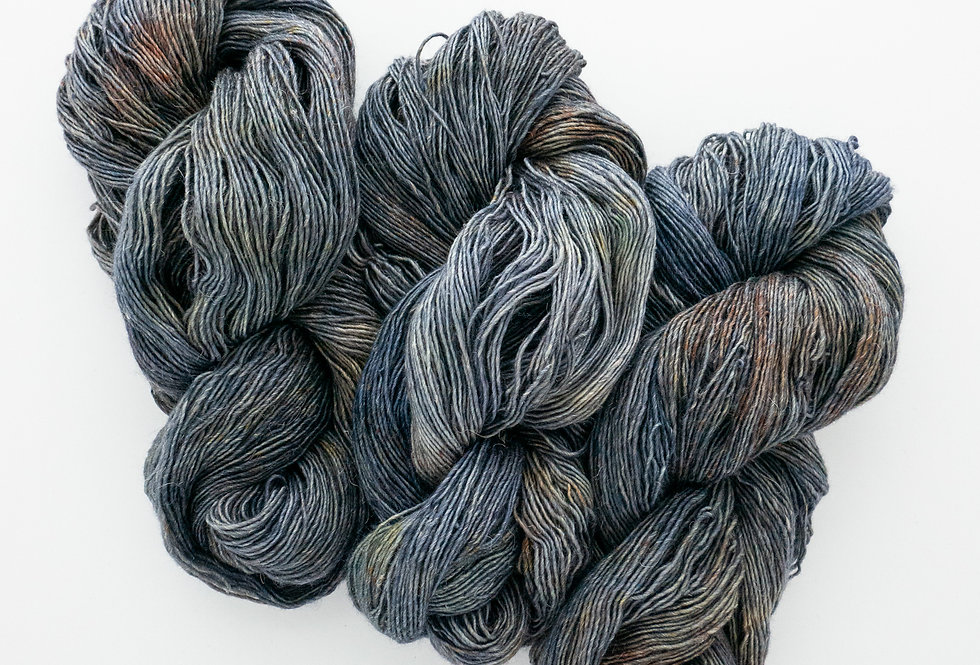 Urchin - Merino/Linen Singles