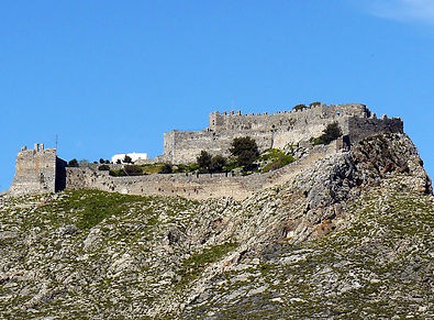 κάστρο της χώρας.jpg