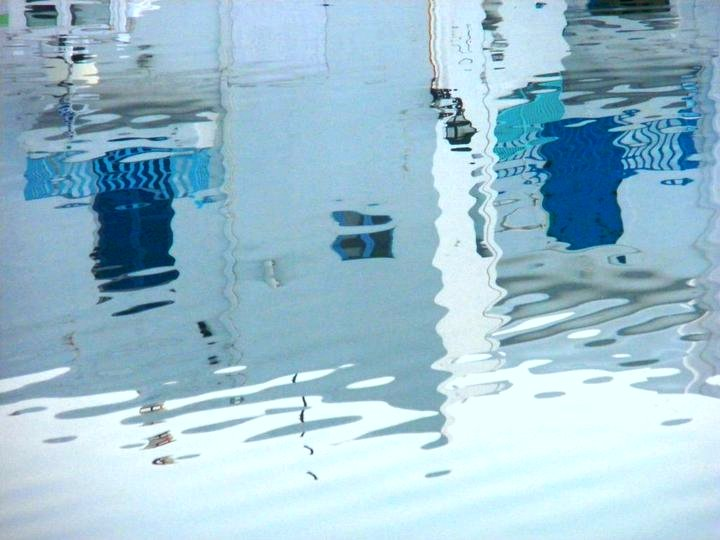 White and blue reflections in the water