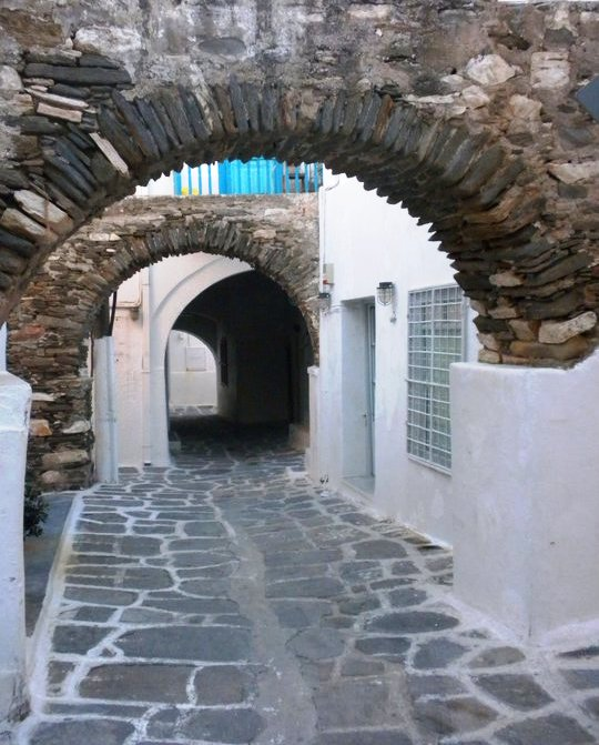 Street of Naoussa