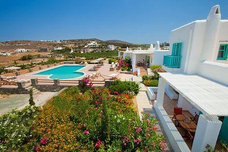 Louer une villa à paros avec piscine dans le complexe Naoussa Bay Villas