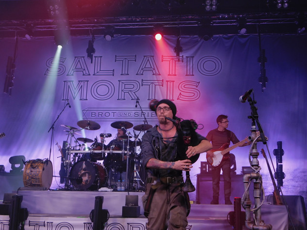 stuttgart_schwarz-saltatio_mortis-2018_10_27-dj_jolly-0011